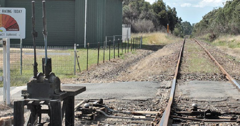 Rural NSW level crossing, Photo: Creative Commons