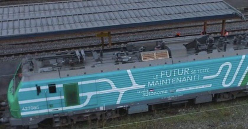 semi-autonomous train